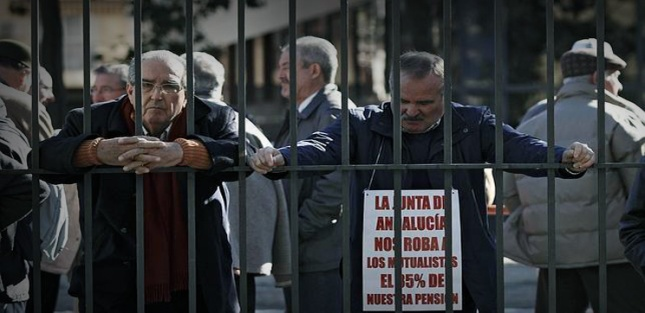 pensionistas-manifestacion--MRF